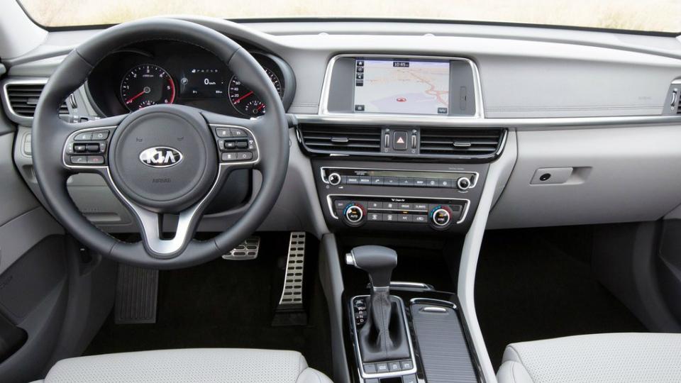 Премьера Kia Optima Sportwagon состоится на Женевском автосалоне. Фото 3