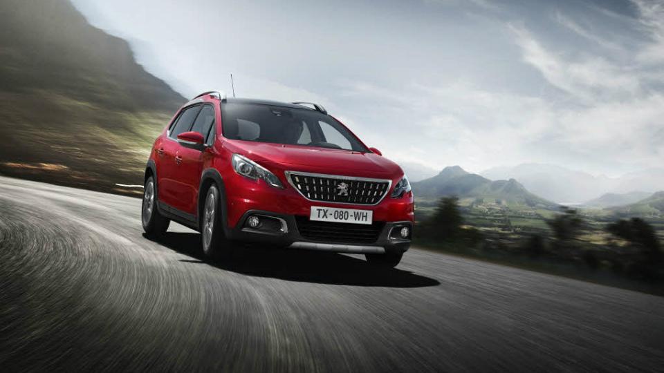 Peugeot 2008 получил мультимедийный комплекс с Apple CarPlay. Фото 2
