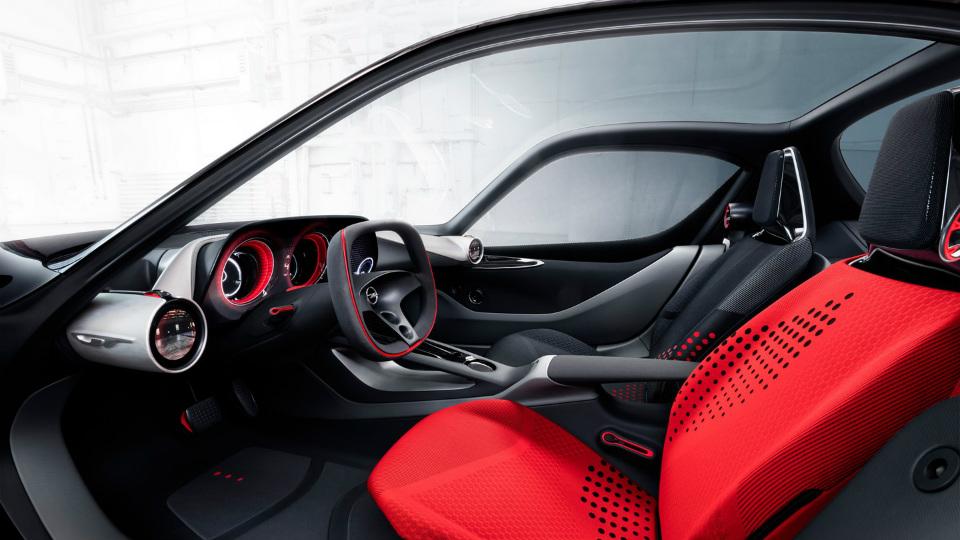 Немцы опубликовали фотографии салона концепт-кара GT . Фото 1