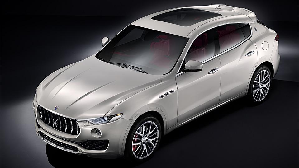 Компания Maserati перестала скрывать первый в своей истории кроссовер