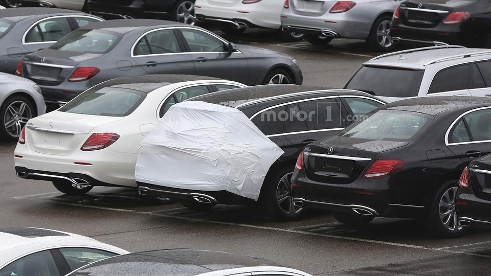 Машину сняли у завода «Мерседеса» с минимумом камуфляжа. Фото 2