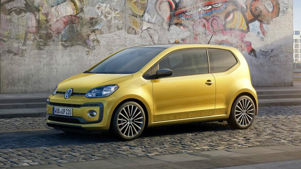 Самый маленький Volkswagen обзавелся турбомотором