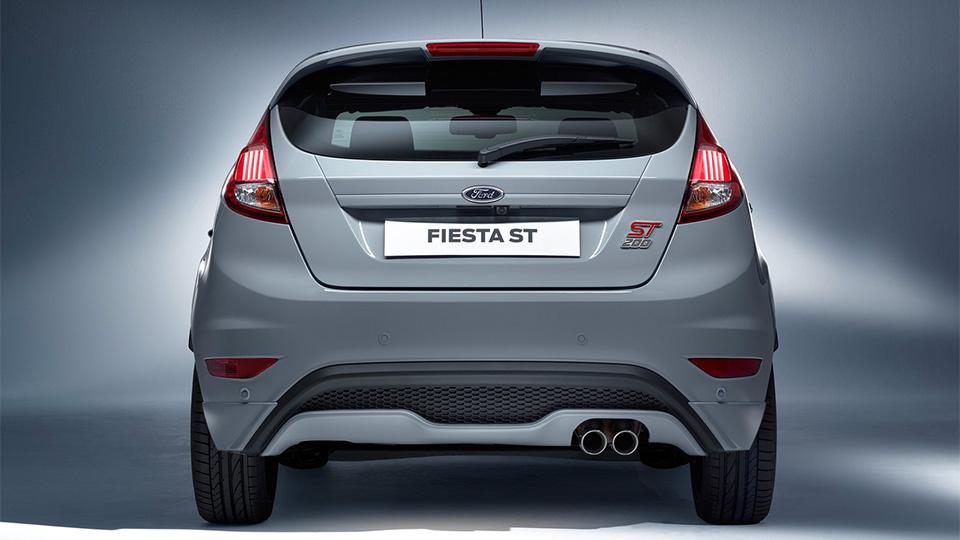 Американцы подготовили к Женеве новую версию Fiesta ST. Фото 1