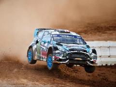 Девятикратный чемпион мира выступит в гонках на Peugeot 208