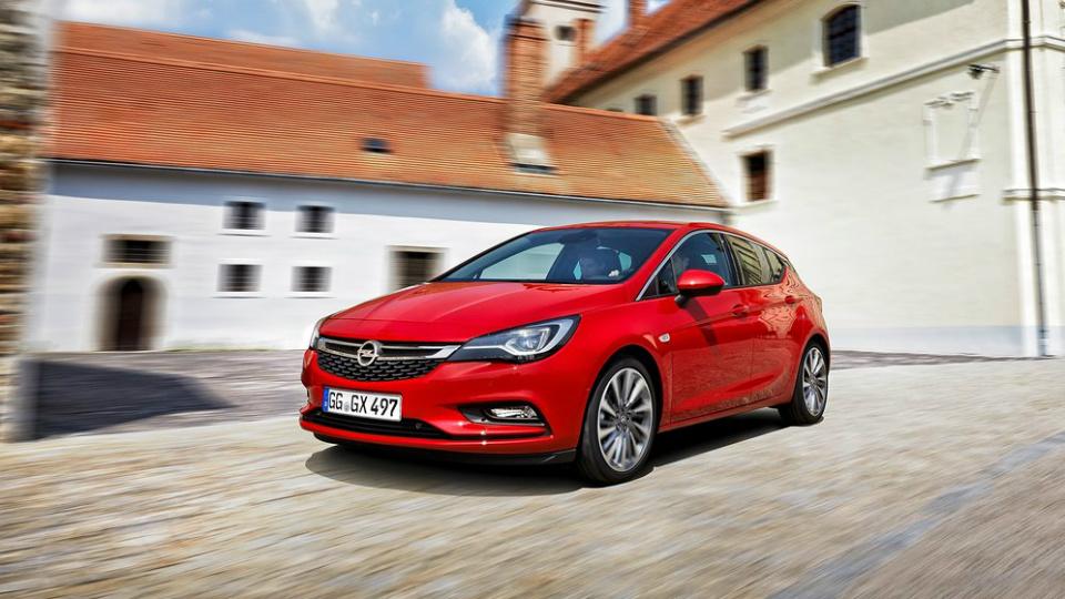 Opel Astra назвали лучшей машиной Европы