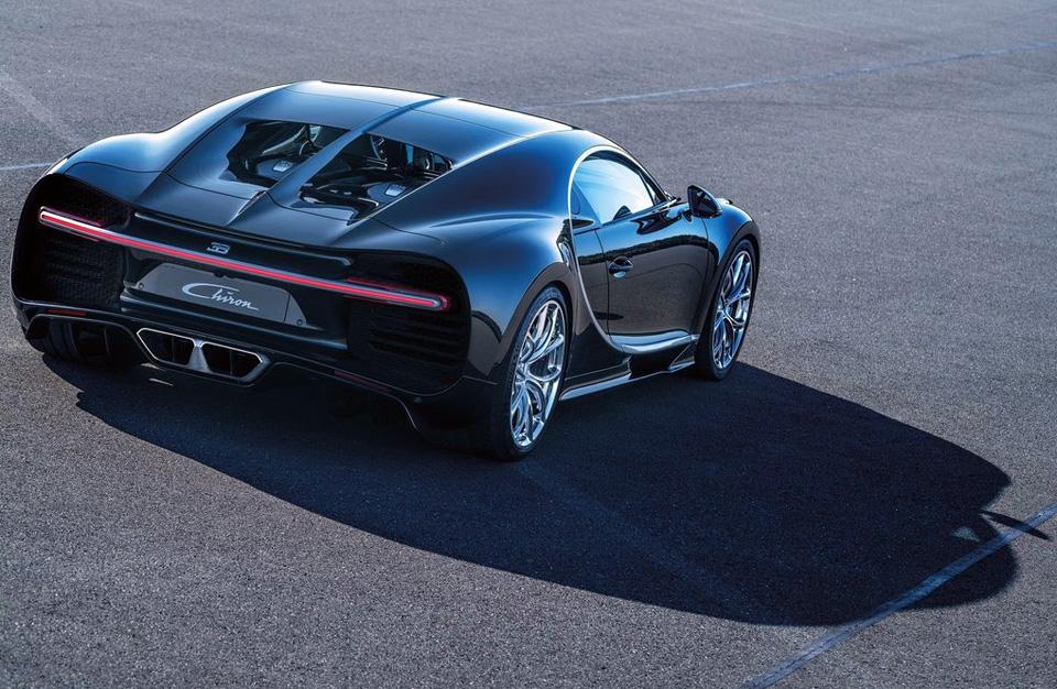 Гиперкар Bugatti Chiron выпустят тиражом в 500 экземпляров. Фото 2