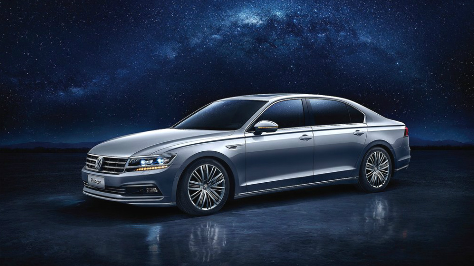 Volkswagen привез в Женеву флагманский седан для китайцев