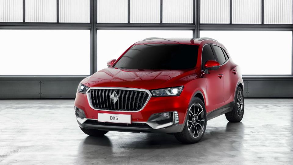 Немецко-китайская компания показала на автосалоне модели BX5 и BX6