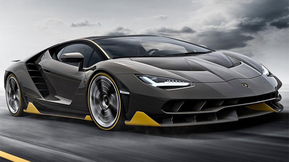 У Lamborghini впервые появился суперкар с полноуправляемым шасси