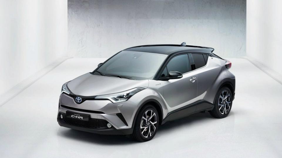 Европейские продажи Toyota C-HR начнутся во второй половине 2016 года. Фото 1