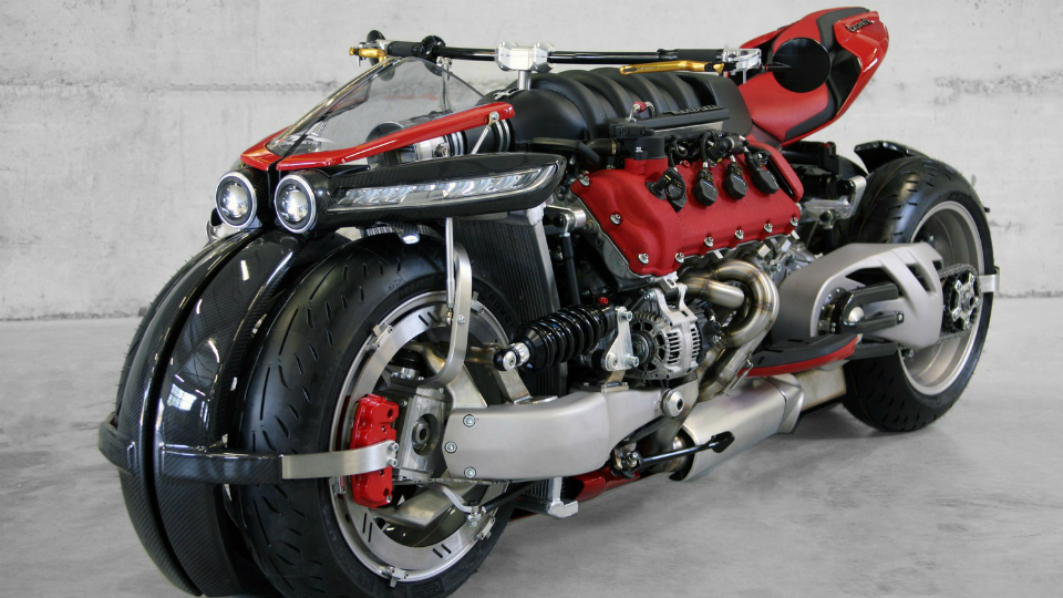 Фирма Lazareth показала в Женеве новый проект с автомобильным мотором. Фото 1