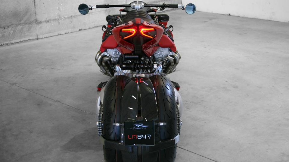 Фирма Lazareth показала в Женеве новый проект с автомобильным мотором. Фото 2