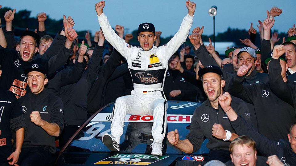 Чемпион DTM продолжит карьеру в Формуле-1