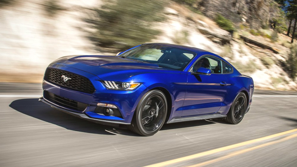 Ford выпустит новый Mustang на два года раньше намеченного срока