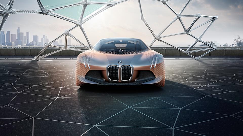 Новый прототип BMW получил подвижные элементы интерьера и экстерьера. Фото 2