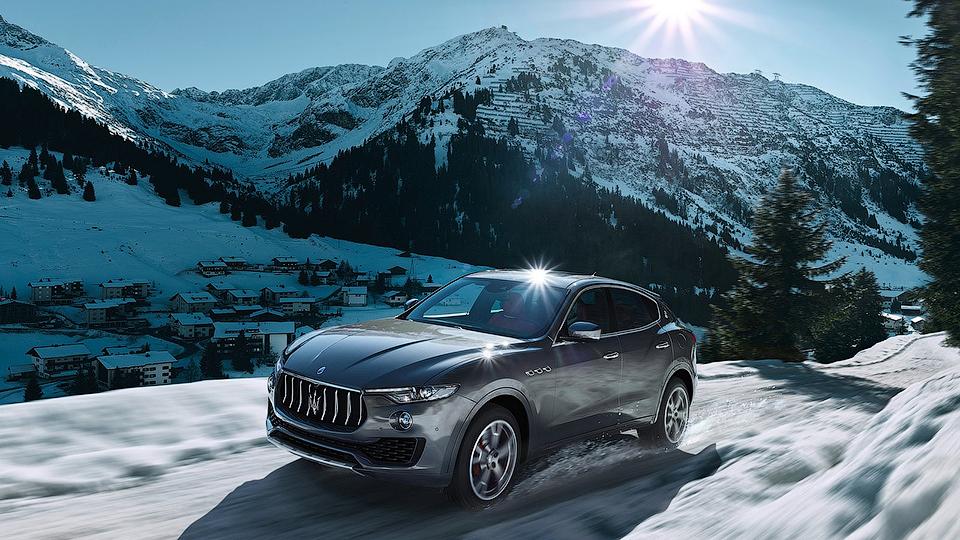 Кроссовер Maserati сделают гибридом с помощью минивэна Chrysler