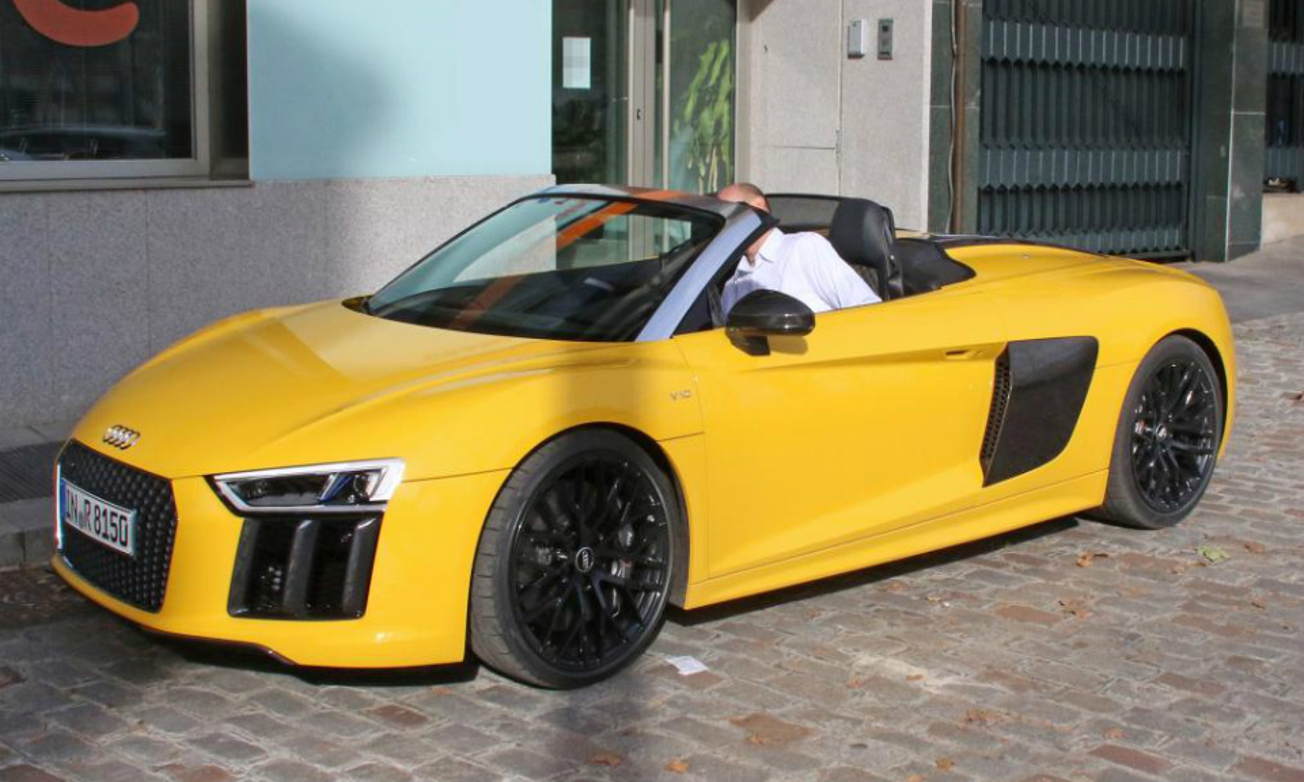 Открытый Audi R8 сфотографировали без камуфляжа