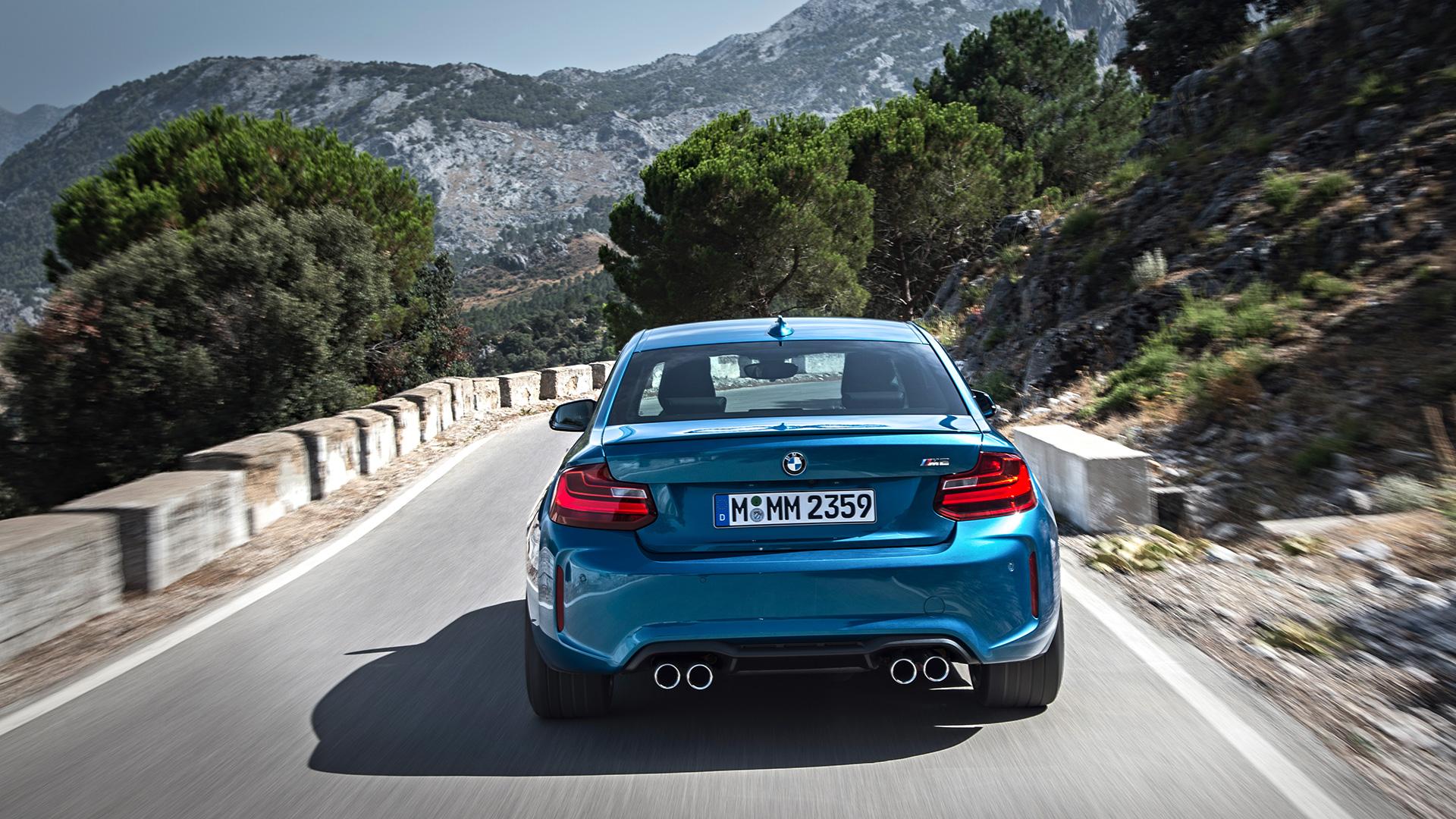Что получится, если взять BMW M4 и отсечь все лишнее? Лучшая «эмка» десятилетия — BMW М2. Фото 4
