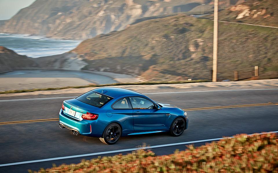 Что получится, если взять BMW M4 и отсечь все лишнее? Лучшая «эмка» десятилетия — BMW М2. Фото 5
