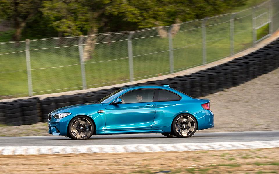 Что получится, если взять BMW M4 и отсечь все лишнее? Лучшая «эмка» десятилетия — BMW М2. Фото 10