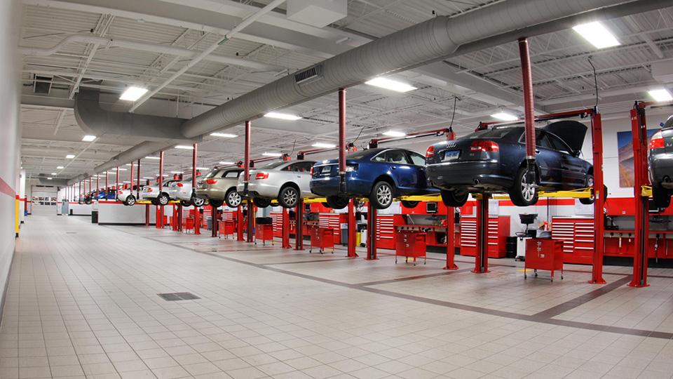 Audi и MINI стали марками с лучшим сервисом
