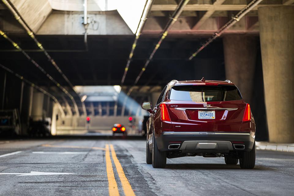 Сможет ли новый Cadillac XT5 составить конкуренцию европейским кроссоверам. Фото 6