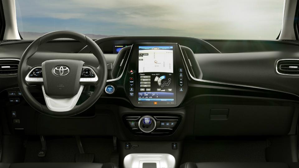 Toyota Prius Prime будет тратить 1,4 литра бензина на сто километров. Фото 2