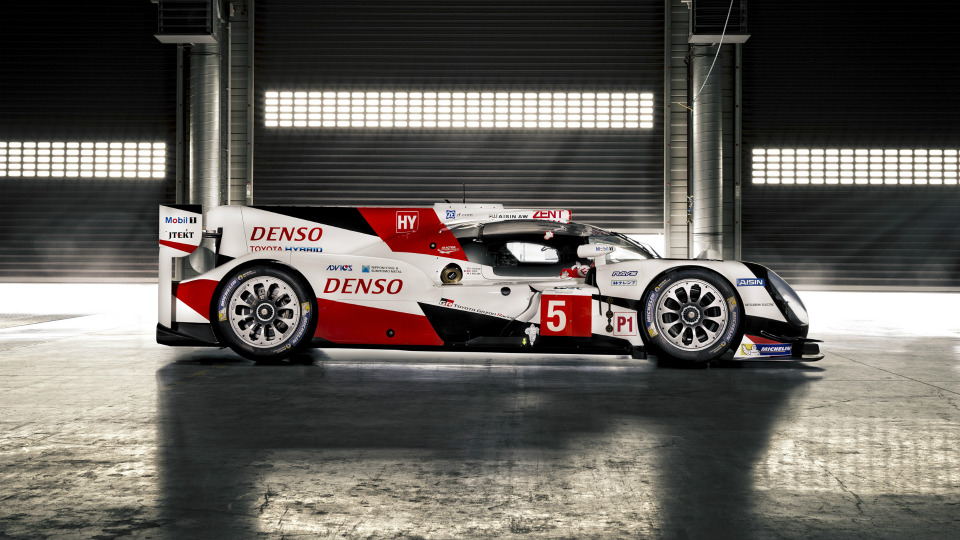 Спортпрототип Toyota TS050 Hybrid получил 2,4-литровый твин-турбо V6