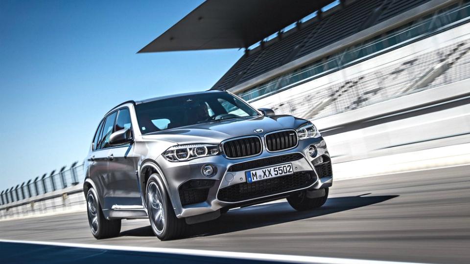 У самого большого вседорожника BMW появится сверхроскошная версия
