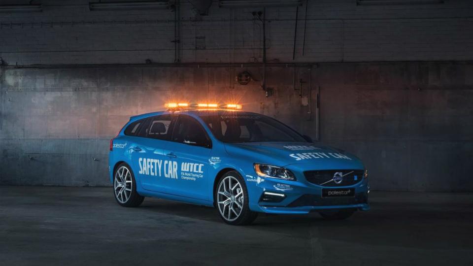 Volvo V60 стала «самой безопасной машиной безопасности»