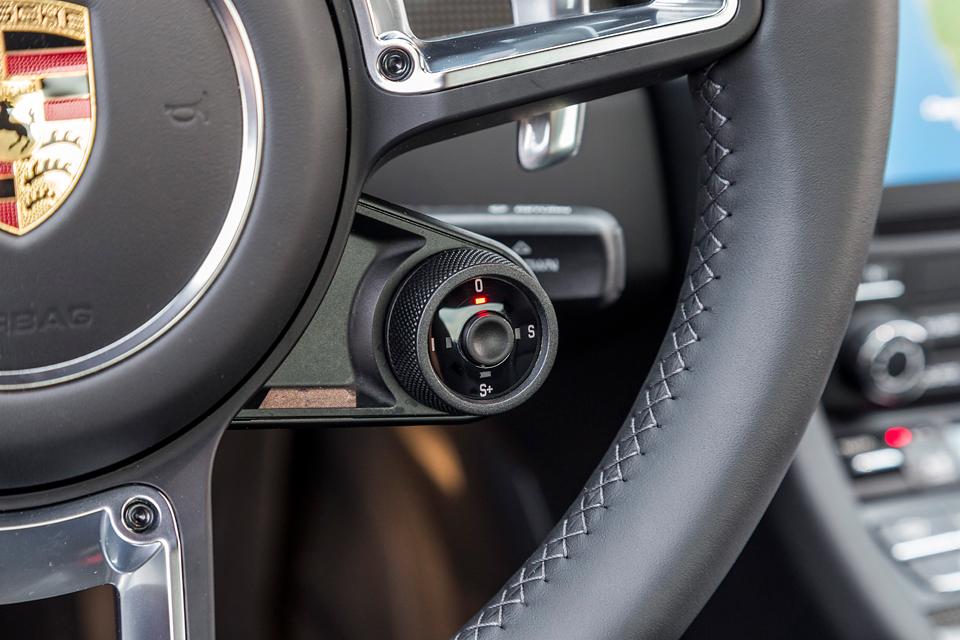 Обман законов физики и плата за совершенство: тест обновленного Porsche 911 Turbo S. Фото 13