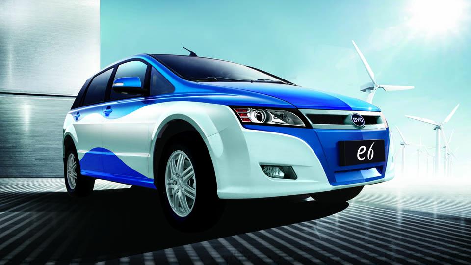 Компания BYD утроит продажи электрических машин