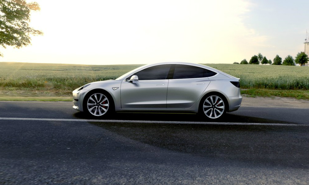 Компания Tesla Motors представила электрокар Model 3. Фото 4