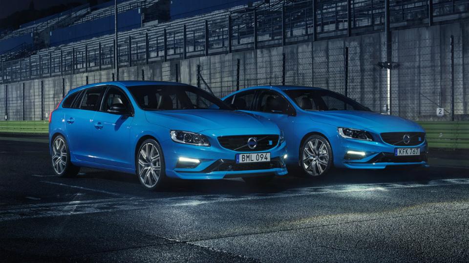 Volvo S60 и V60 оснастили 367-сильной «четверкой» с двойным наддувом. Фото 3