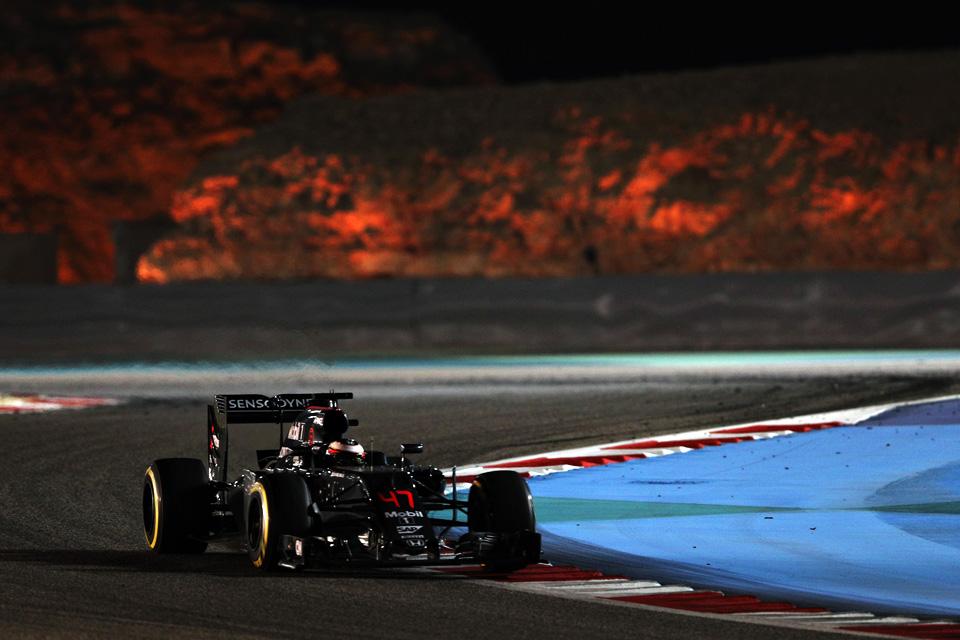 Что произошло на гонке Формулы-1 в Бахрейне. Фото 12