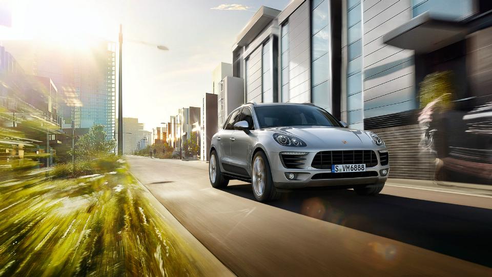 Porsche назвала рублевую стоимость Macan с «четверкой»