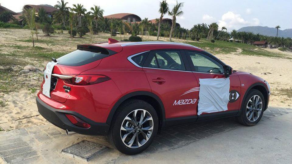 Стали известны подробности о новом кроссовере Mazda