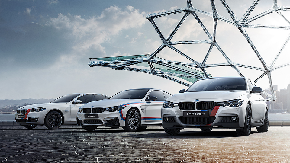 В BMW подготовили для РФ особые машины в честь своего столетия