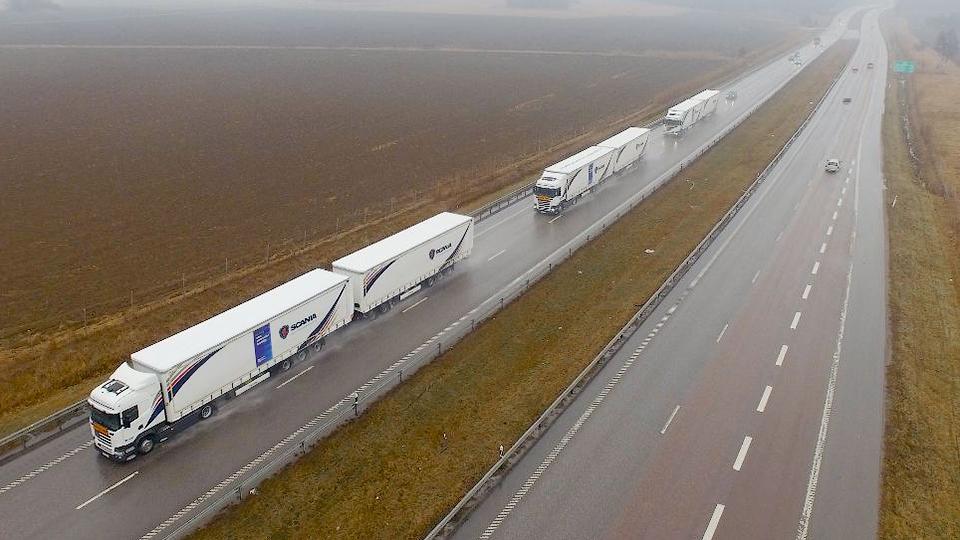 Европейцы завершили тесты 12 беспилотных грузовиков на общих дорогах