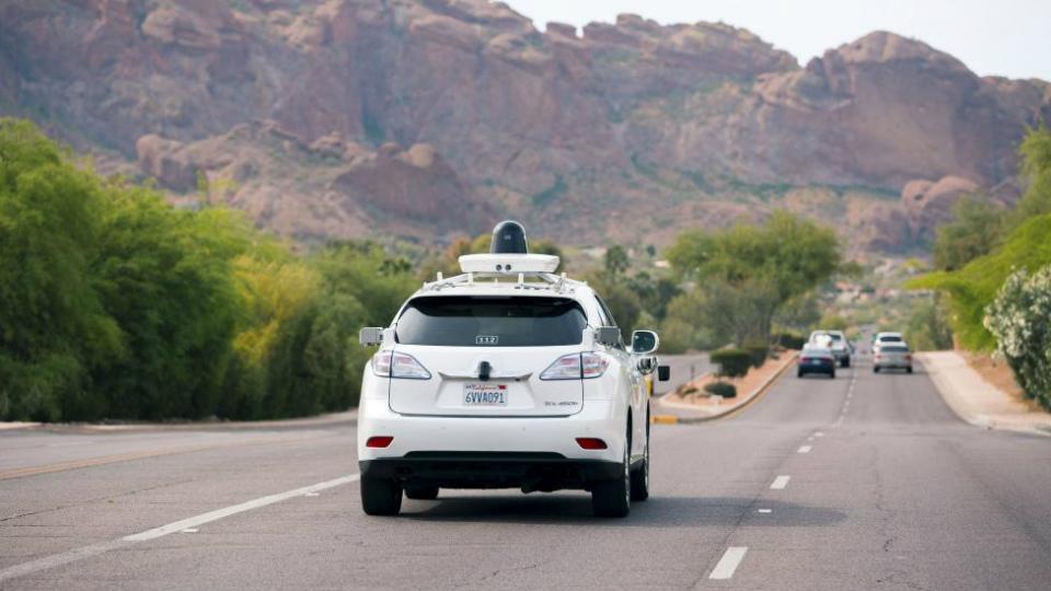 Google испытает беспилотники в пустынном климате