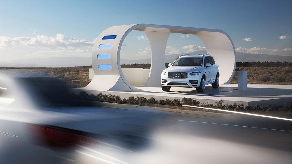 Volvo XC90 научился «красть» энергию у других машин