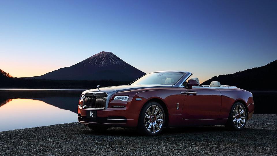 Rolls-Royce доставит три кабриолета Dawn одному клиенту