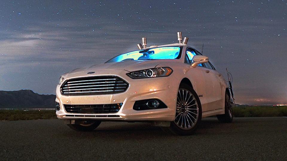 Ford начал тестировать автопилоты ночью