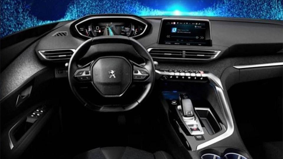 Появилось изображение интерьера нового Peugeot 3008