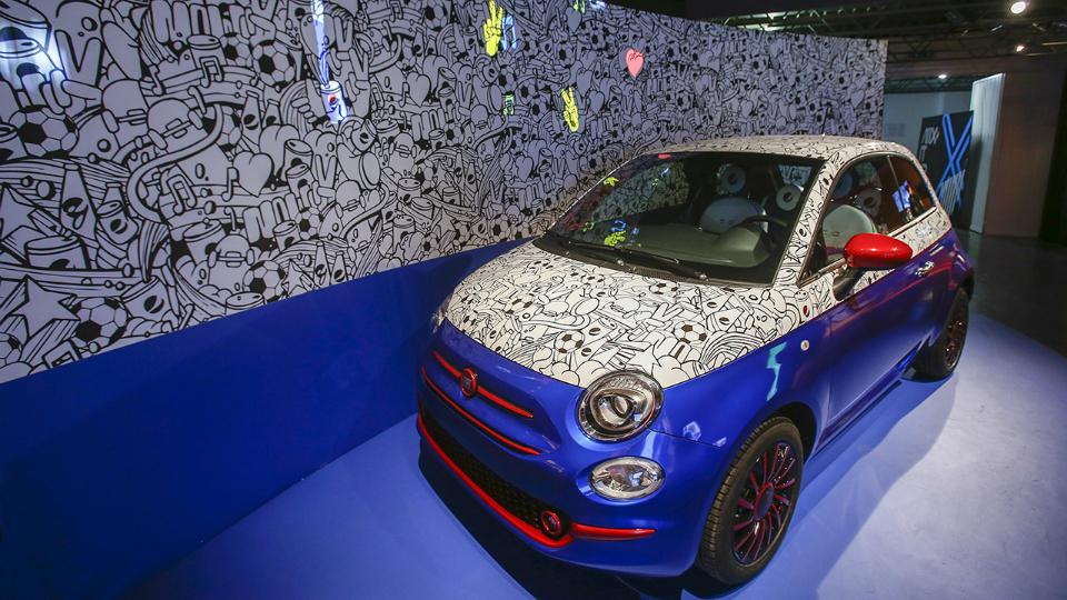 Тюнинг-ателье подготовило Fiat 500 в стиле Pepsi