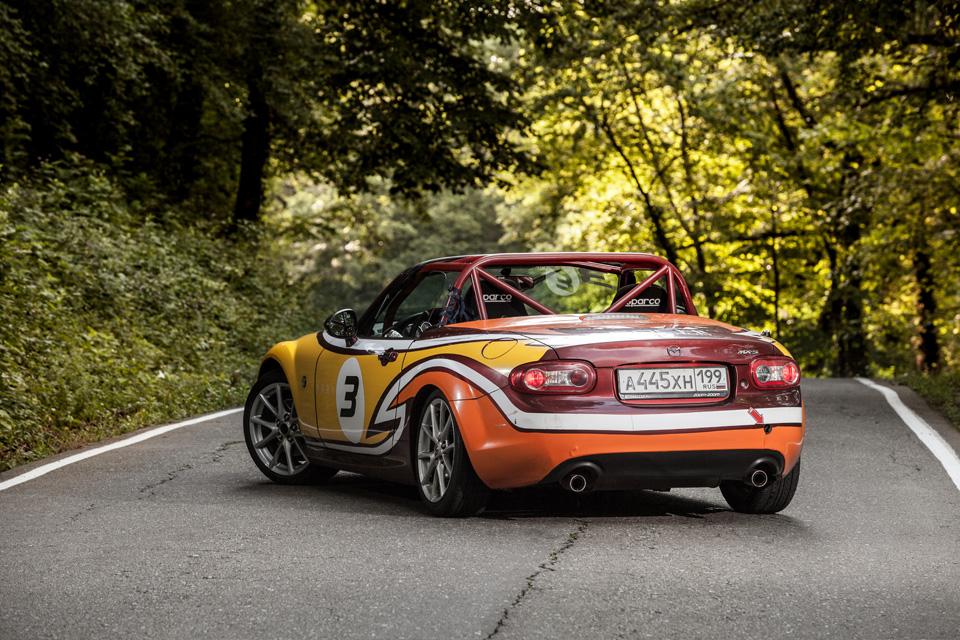 Ищем драйверские дороги России за рулем Mazda MX-5 Aori. Фото 1