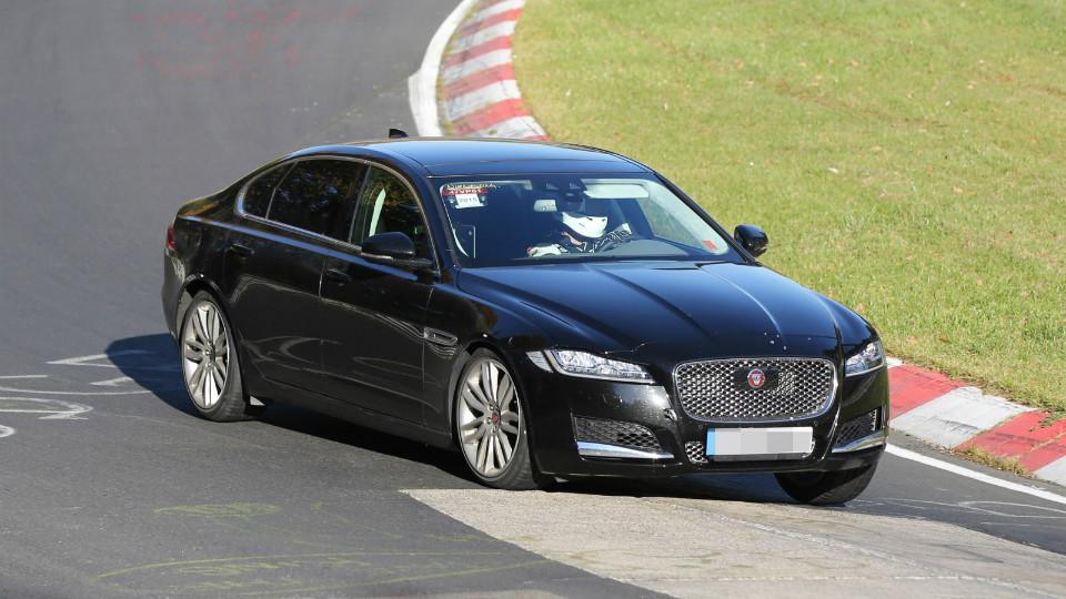 Jaguar XF L представят на Пекинском автосалоне