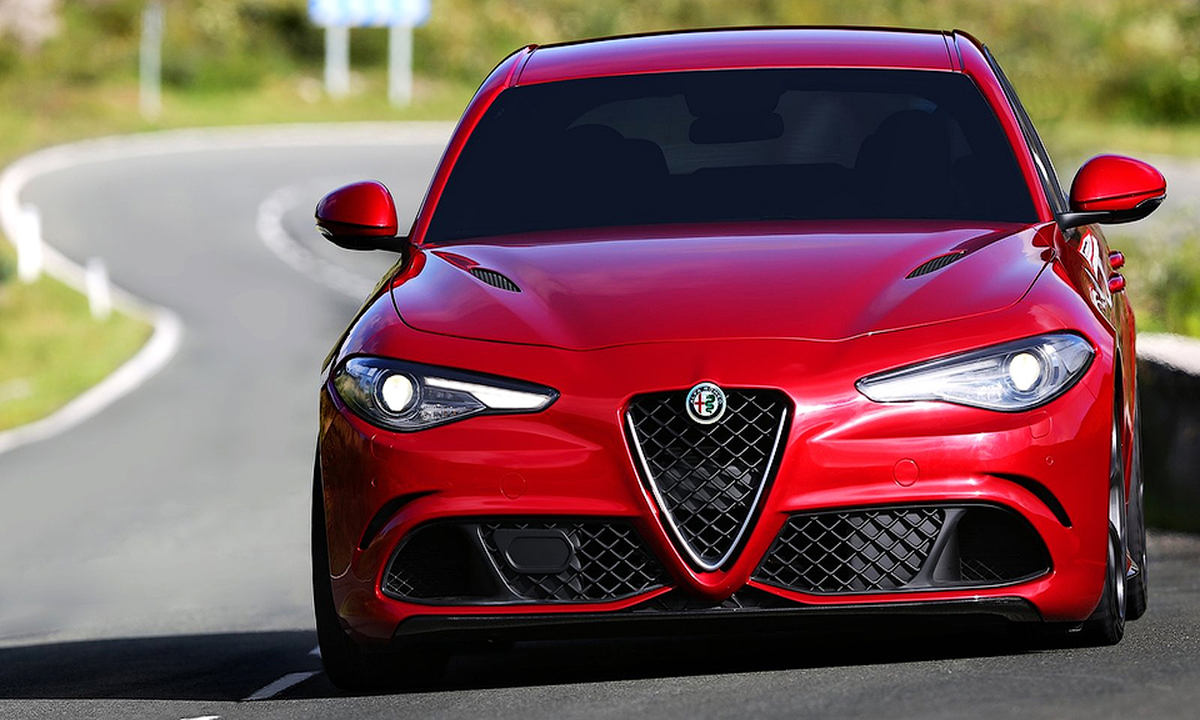 Alfa Romeo показала 510-сильную «Джулию» на треке в панорамном видео