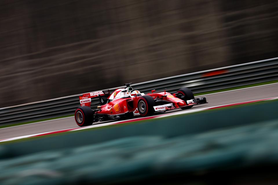 Что произошло на гонке Формулы-1 в Китае. Фото 8
