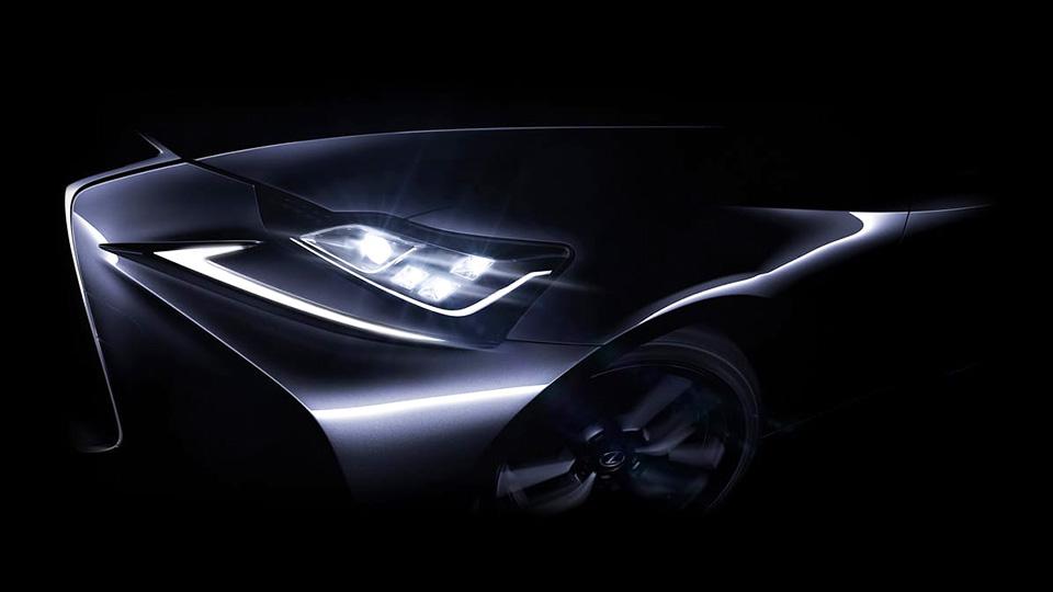 Lexus изменит оптику седана IS